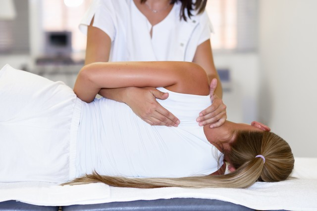 shoulder pain treatment Neutral Bay